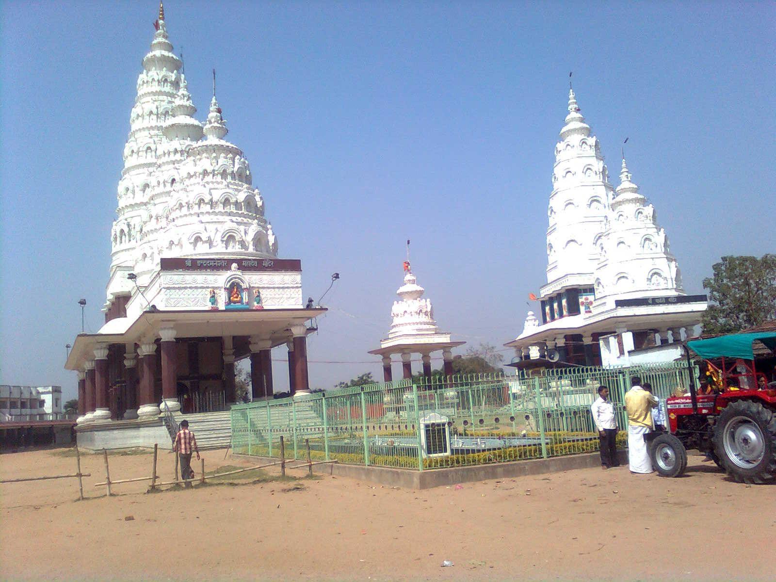 http://www.getbookcab.com/Admin/images/Lakhisarai.jpg